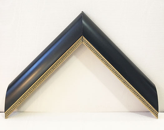 Moulding 6921 Traditional Black/Gold lip. Width 1.50